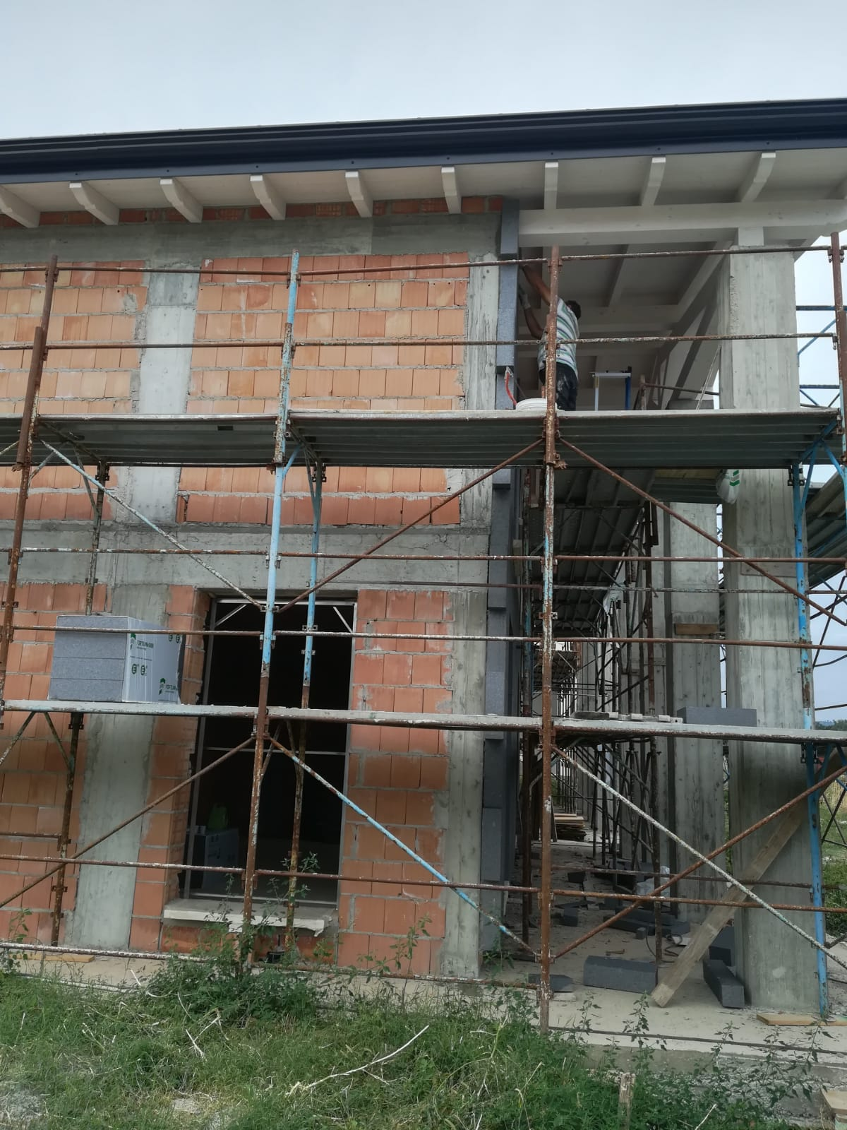 ponteggio edil 900 costruzioni canossa val d'enza reggio emilia parma