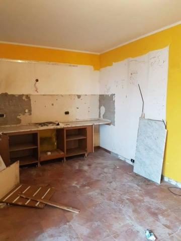 parete demolita edil 900 costruzioni canossa val d'enza reggio emilia parma