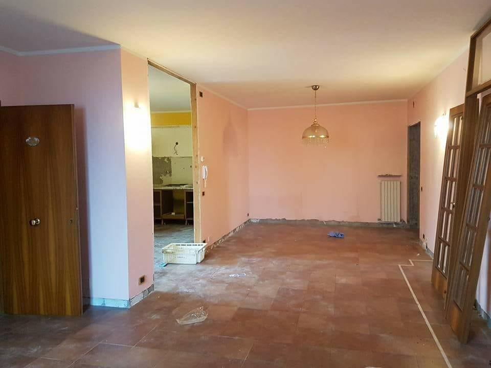 camera demolita edil 900 costruzioni canossa val d'enza reggio emilia parma