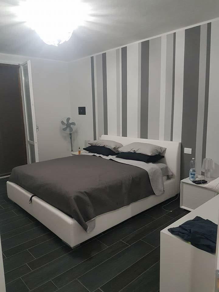 camera da letto edil 900 costruzioni canossa val d'enza reggio emilia parma